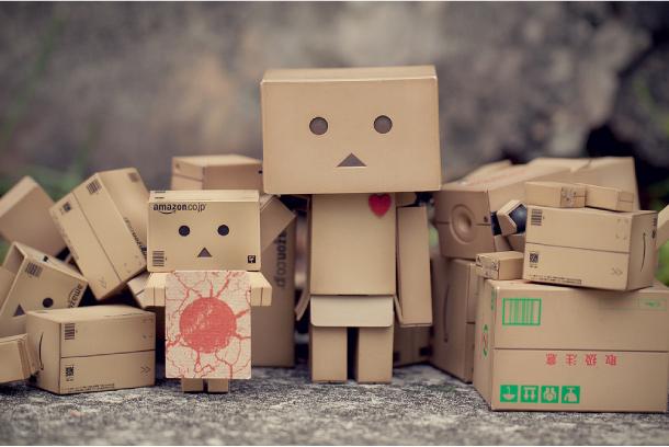 Blog Paper Toy papertoy Danbo outside2 Danbo, le robot en carton...