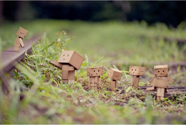 Blog Paper Toy papertoy Danbo rail Danbo, le robot en carton...