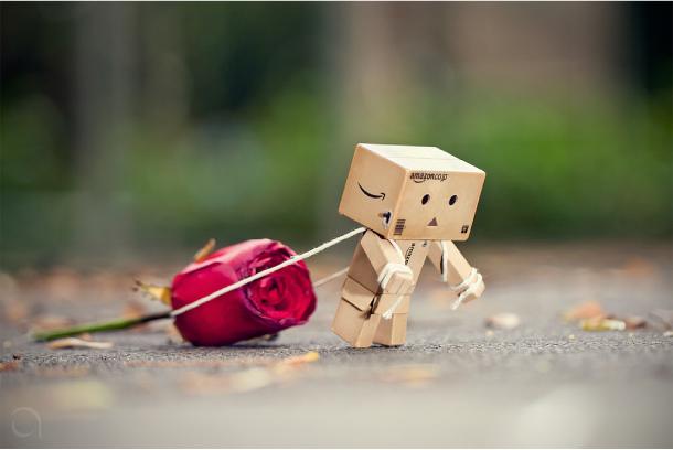 Blog Paper Toy papertoy Danbo rose Danbo, le robot en carton...