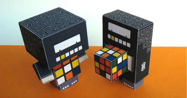 Paper toys Cubee & Rubee