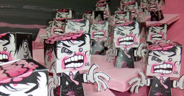 Blog_Paper_Toy_Destroy_All_Zombies_Magic_Painters