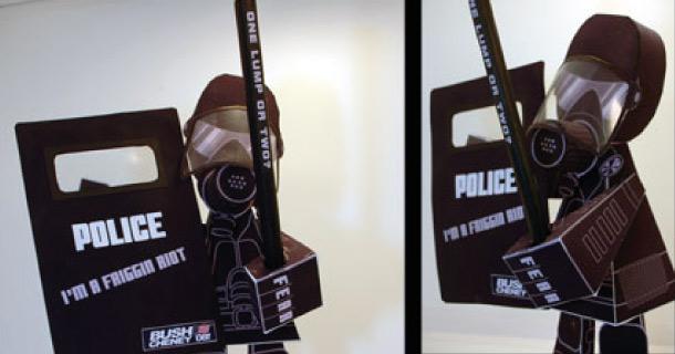 Blog_Paper_Toy_papertoy_Riot_Cop_Brian_Castleforte