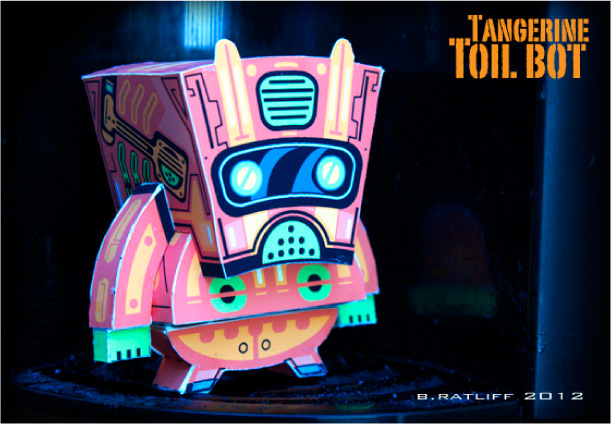 Blog Paper Toy papertoy Toilbot pic1 Tangerine Toil Bot de Chemical 9