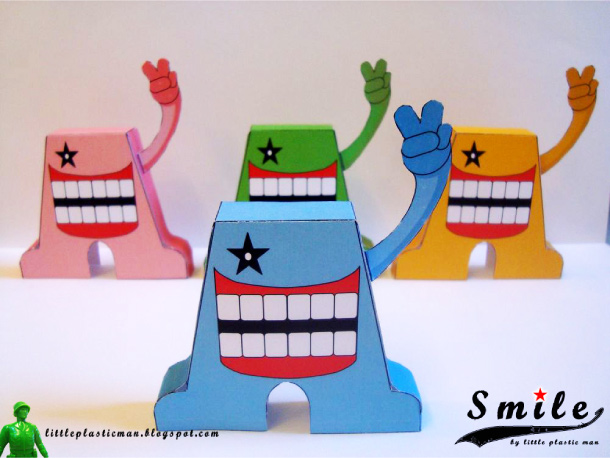 Blog Paper Toy papertoys SMILE pic1 Papertoys SMILE de Little Plastic Man (x 4)