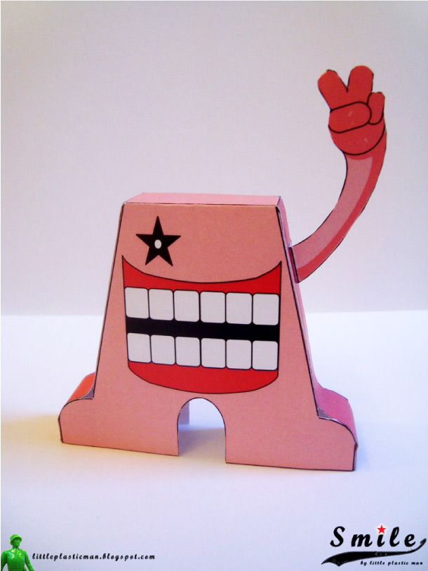 Blog Paper Toy papertoys SMILE pic2 Papertoys SMILE de Little Plastic Man (x 4)