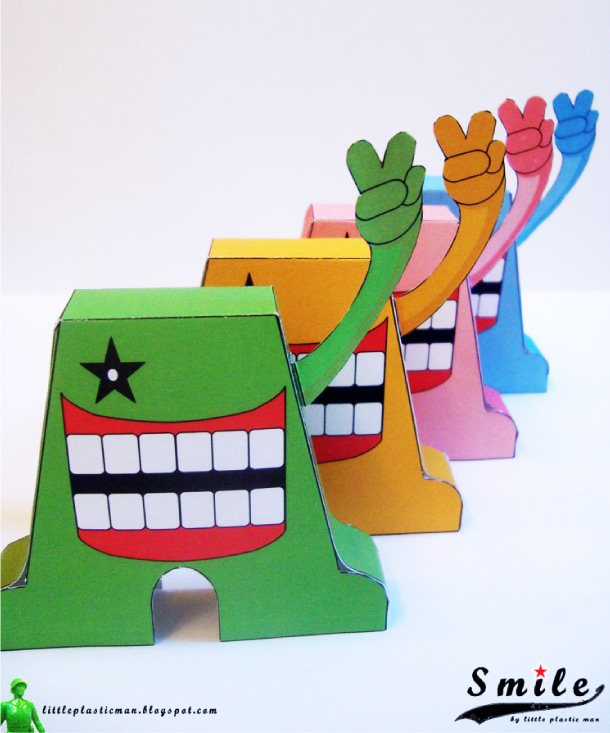Blog Paper Toy papertoys SMILE pic3 Papertoys SMILE de Little Plastic Man (x 4)
