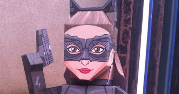 Blog_Paper_Toy_papercraft_Catwoman_TDKR_Xavier_Gales_Sides