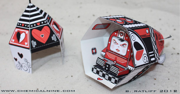 Blog_Paper_Toy_papertoy_Queen_of_Hearts_Bratliff