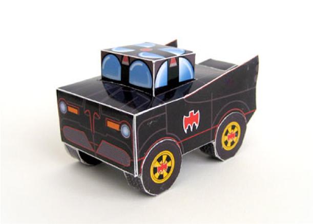 Papercraft imprimible y armable de un Batmóvil infantil. Manualidades a Raudales.