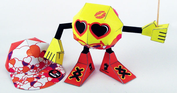 Blog_Paper_Toy_papertoy_Smile_Bubble_Valentin_paperjoker